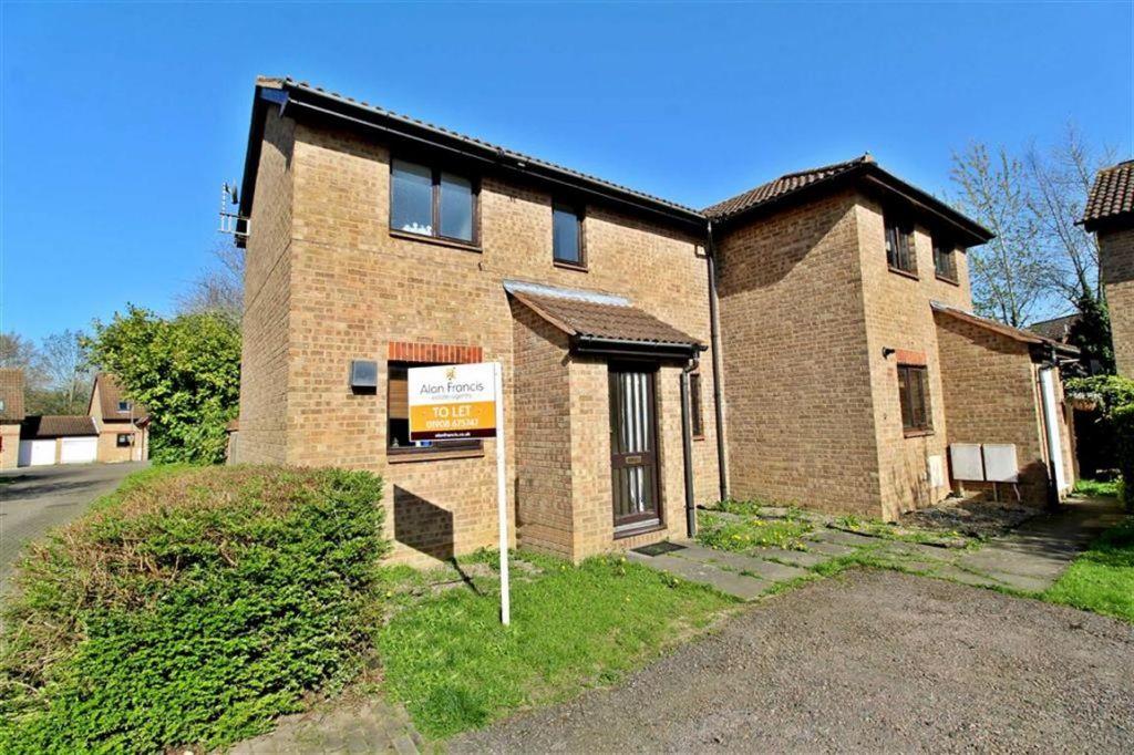 Brayton Court, Shenley Lodge, Milton Keynes, MK5