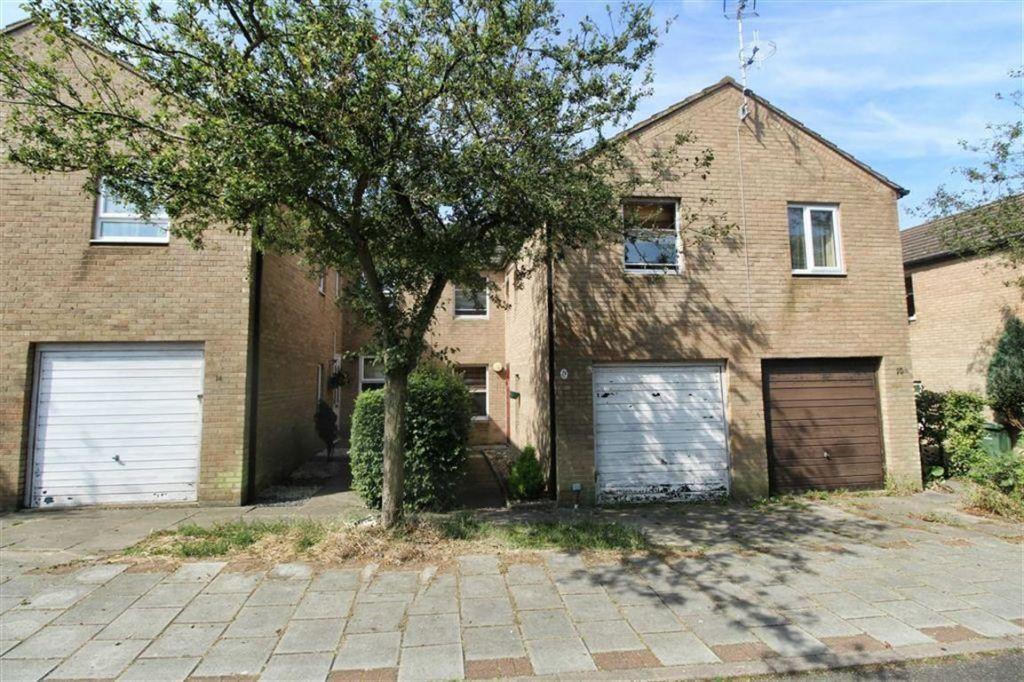 Cranesbill Place, Conniburrow, Milton Keynes, MK14