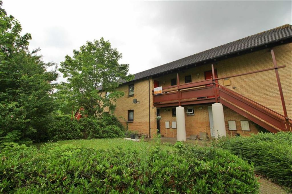 Birdlip Lane, Walnut Tree, Milton Keynes, MK7