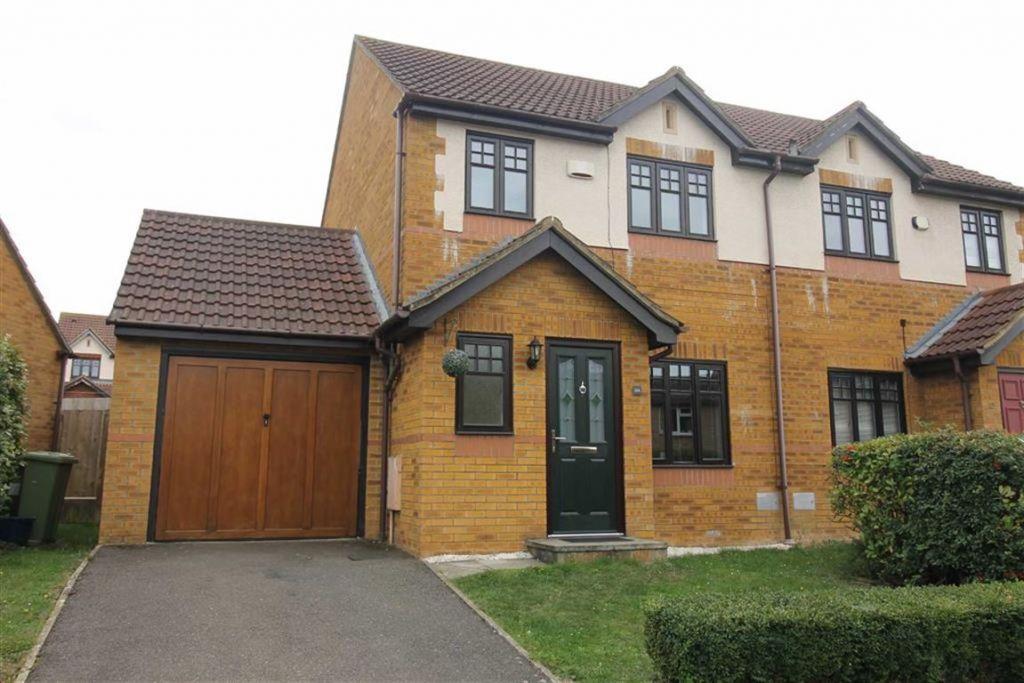 Lowndes Grove, Shenley Church End, Milton Keynes, MK5