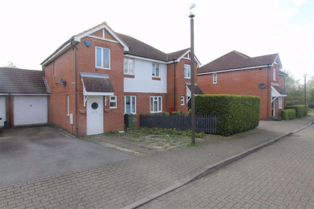 Brill Place, Bradwell Common, Milton Keynes, MK13