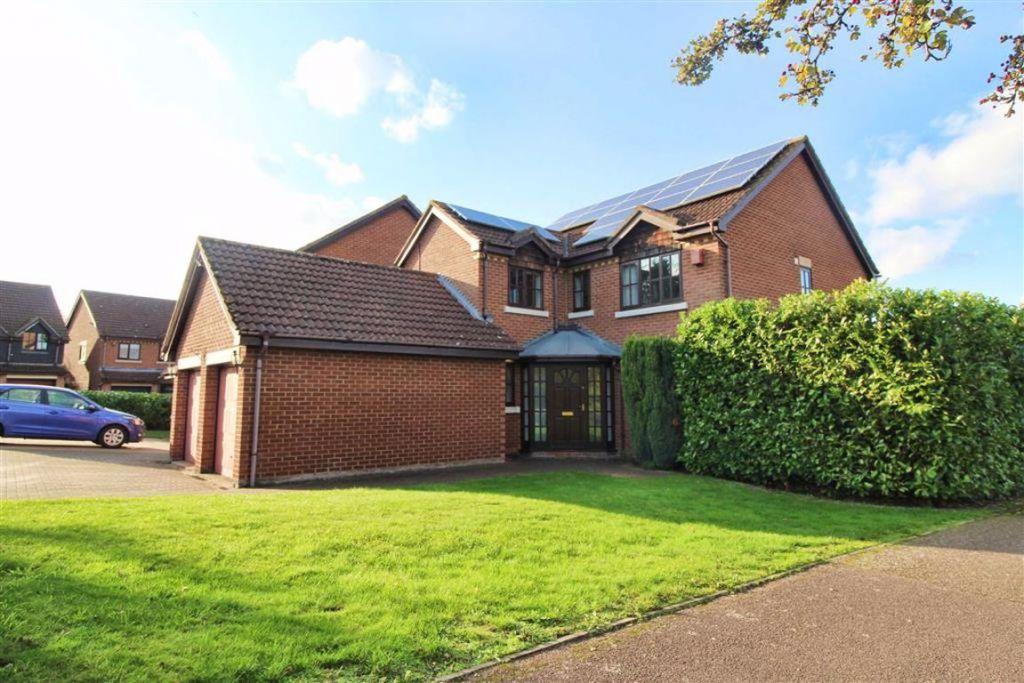 Brices Meadow, Shenley Brook End, Milton Keynes, MK5